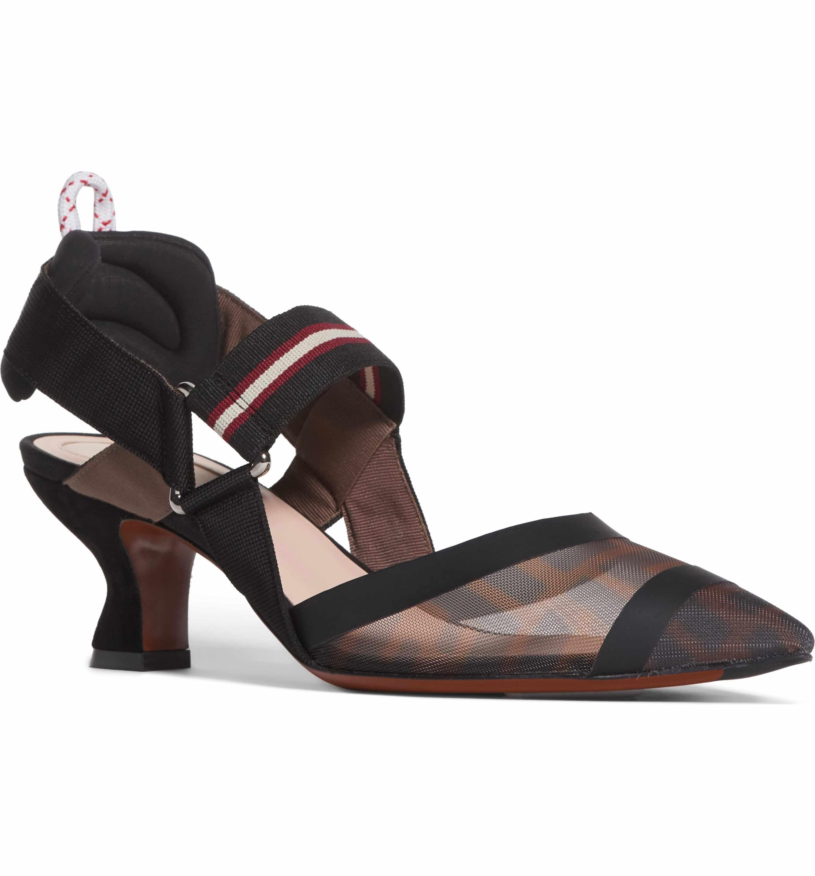 Fendi Women's Pointy Toe Pump Q5w7zn