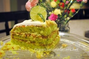 This is how my Key Lime Cake turned out. Mmmm!