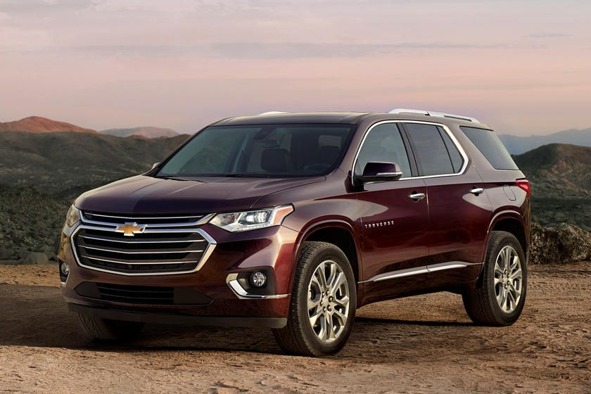 Chevrolet Traverse Ditches Something It Never Needed Chevrolet Traverse Chevy Suv Crossover Suv