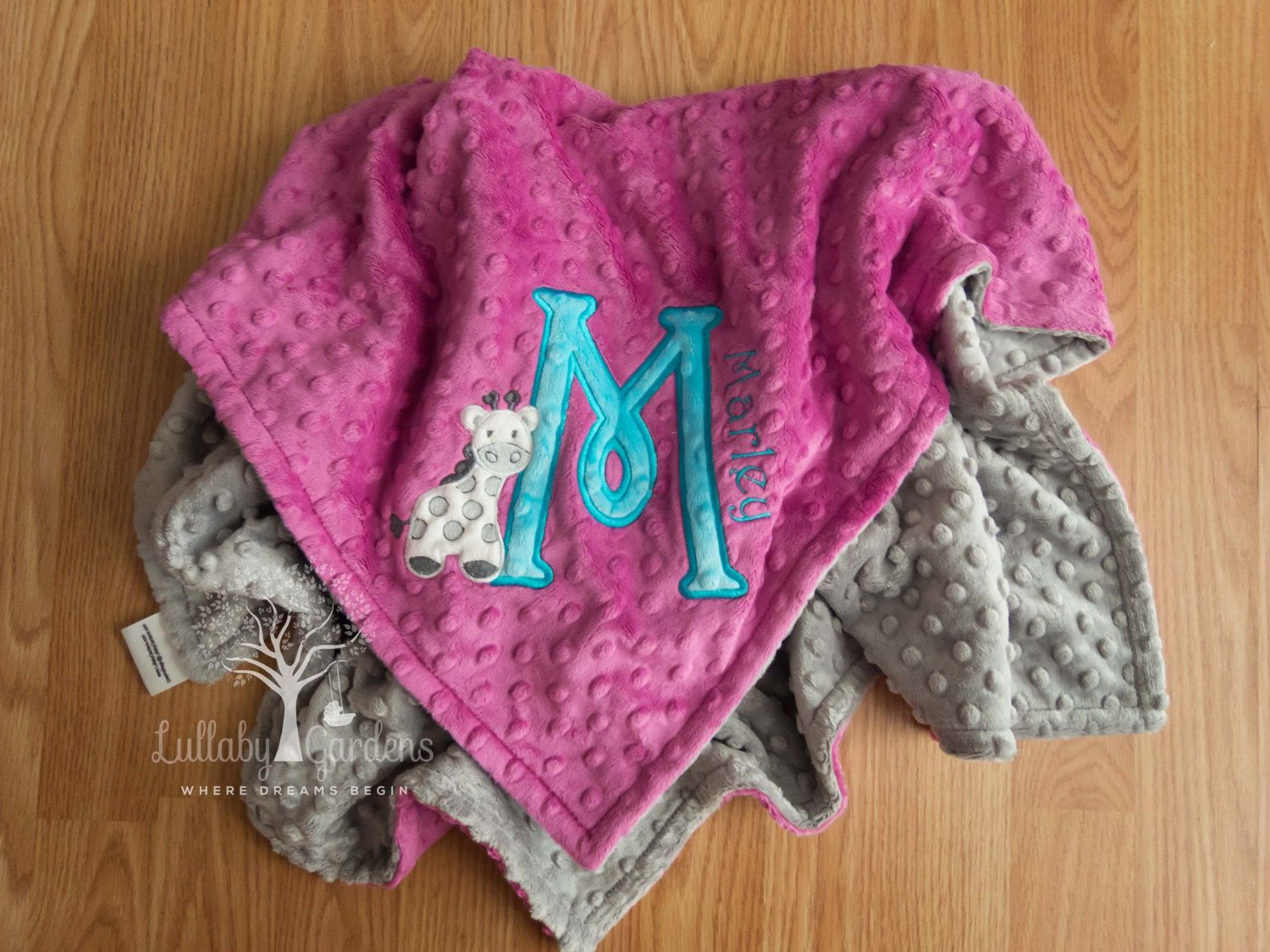 Personalized baby gifts minky baby blanket giraffe minky blanket personalized baby gifts minky baby blanket giraffe minky blanket appliqued giraffe minky blanket negle Gallery