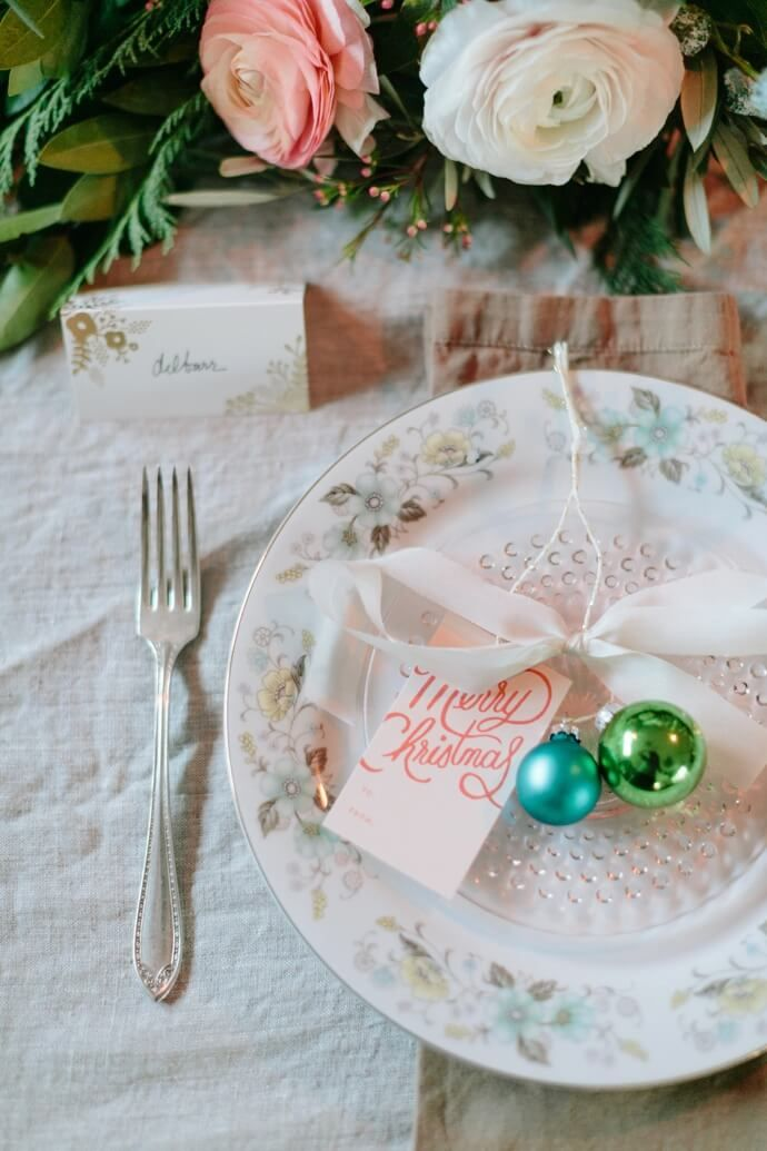 Feminine Tablescape For A Girls\' Holiday Party | Holidays ...