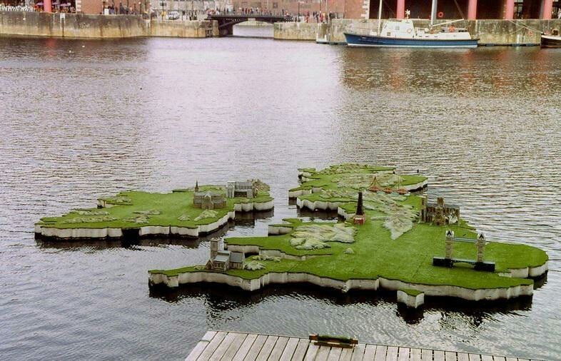 The Albert Dock (Weather Map1995)