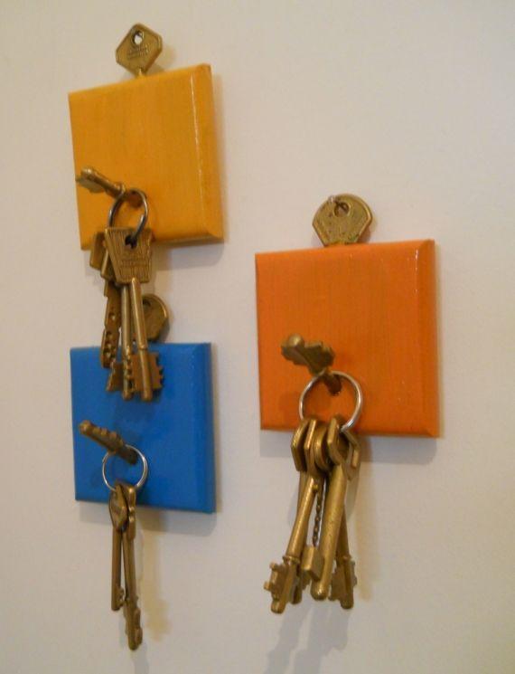 Ideas para reciclar llaves porta llaves pinterest reciclado ideas para reciclar y ideas para - Porta llaves pared ...