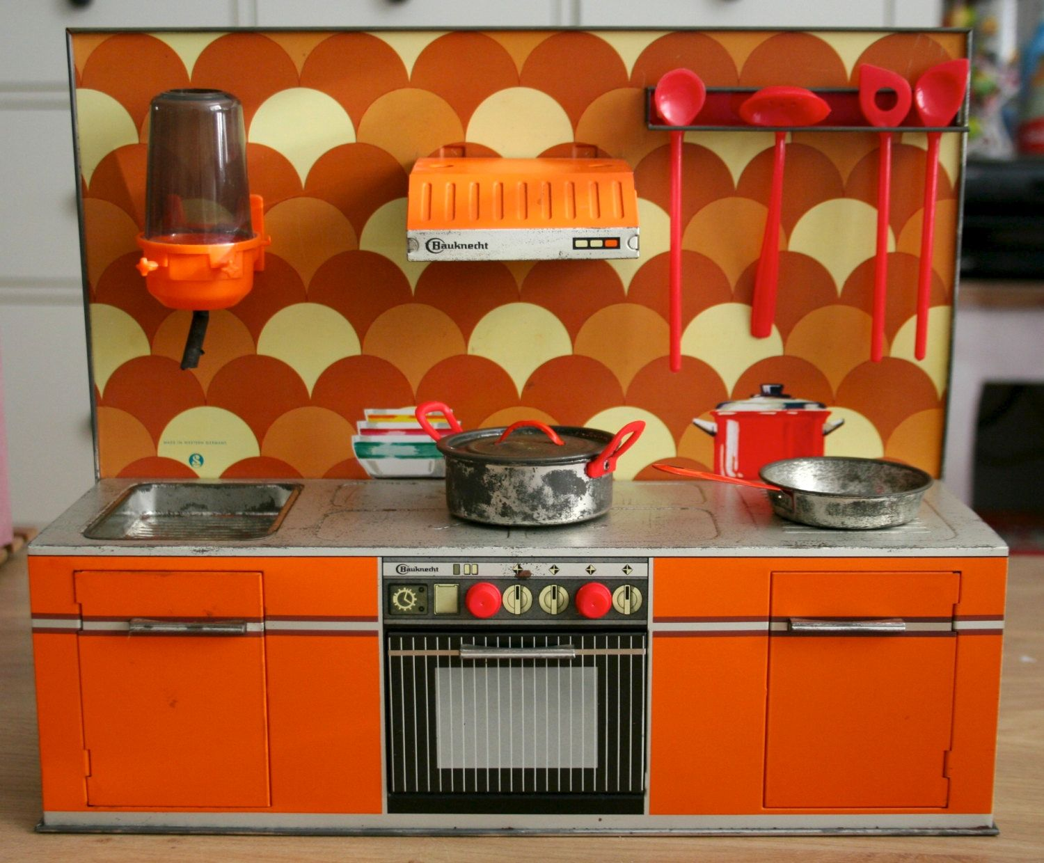 Kitchens in miniature