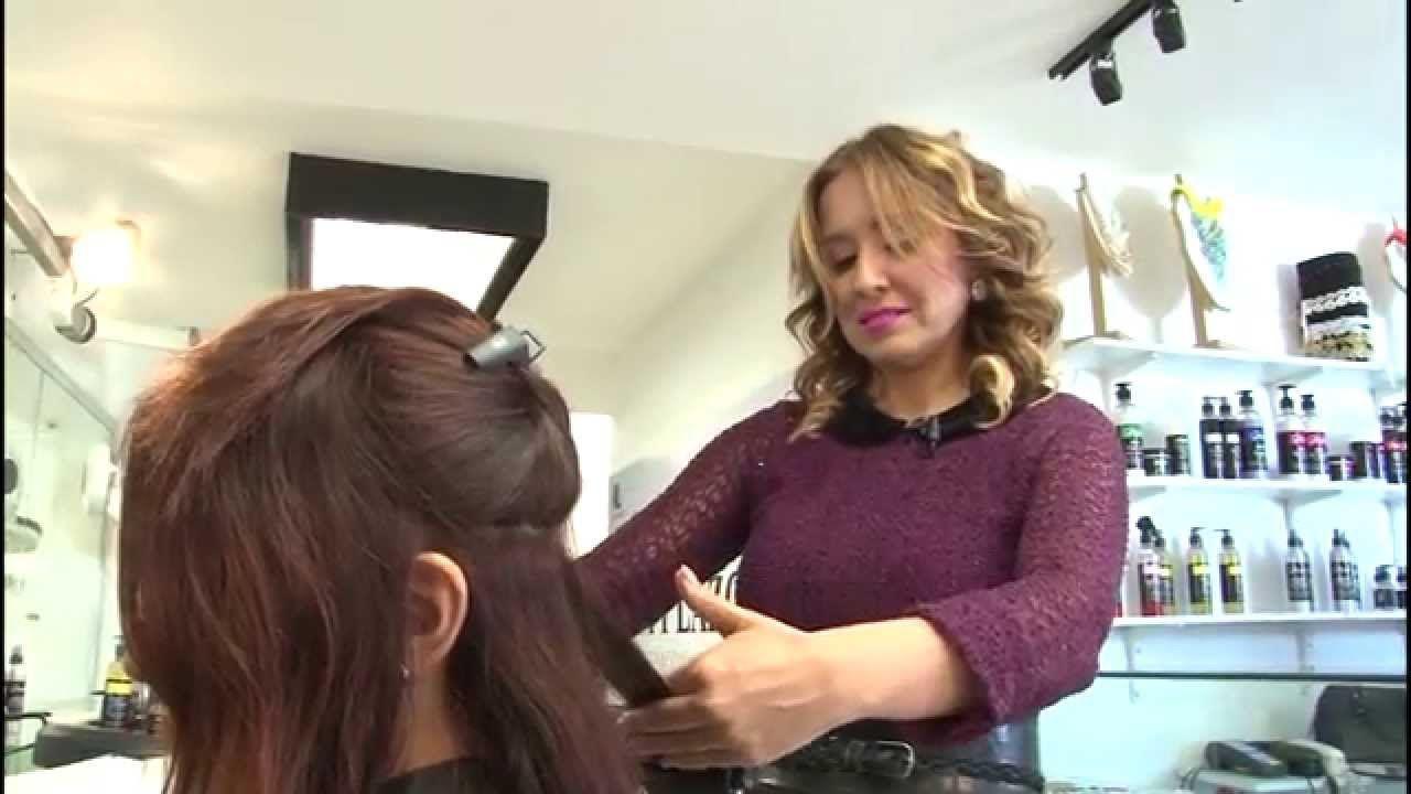 ¿Tienes tu cabello maltratado y no quieres perder tu largo? En Betty Lazcano contamos con el servicio de Split Ender Pro, es una nueva técnica de limpieza profunda en tu cabello donde se retira solamente lo dañado, por lo tanto tu largo se mantiene intacto.