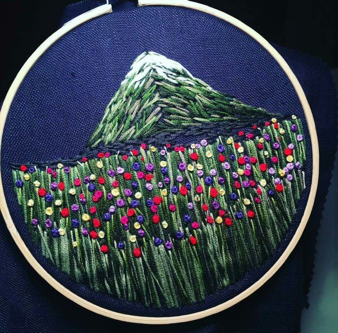 Pin By Nguyen My On O Thu Pinterest Embroidery Cross