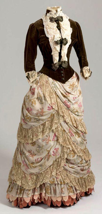 Historical Green  Printed Dresses  Historical Dresses -1084