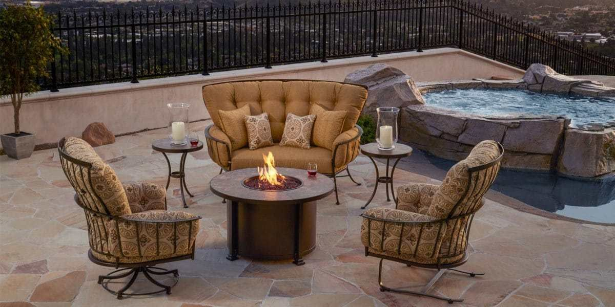 Brighten Up Your Boring Patio With Behr Paint Patio Fireplace Patio Patio Furniture