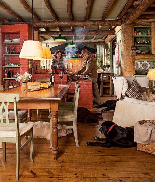 Sala De Jantar Rustica ~  sala de jantar, que segue o mesmo estilo, com mesa de madeira de