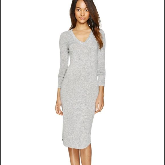 Wilfred free grey bodycon dress This bodycon dress is made with ...