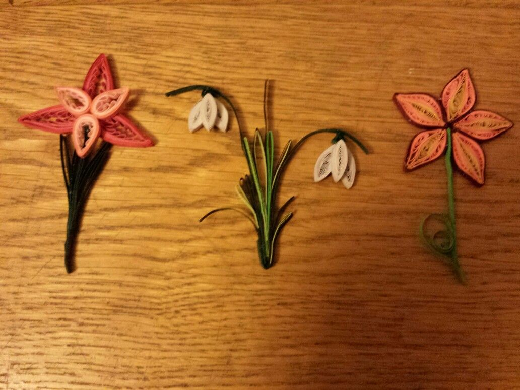 Simple And Effective Quilled Flowers Charlottes Quilling