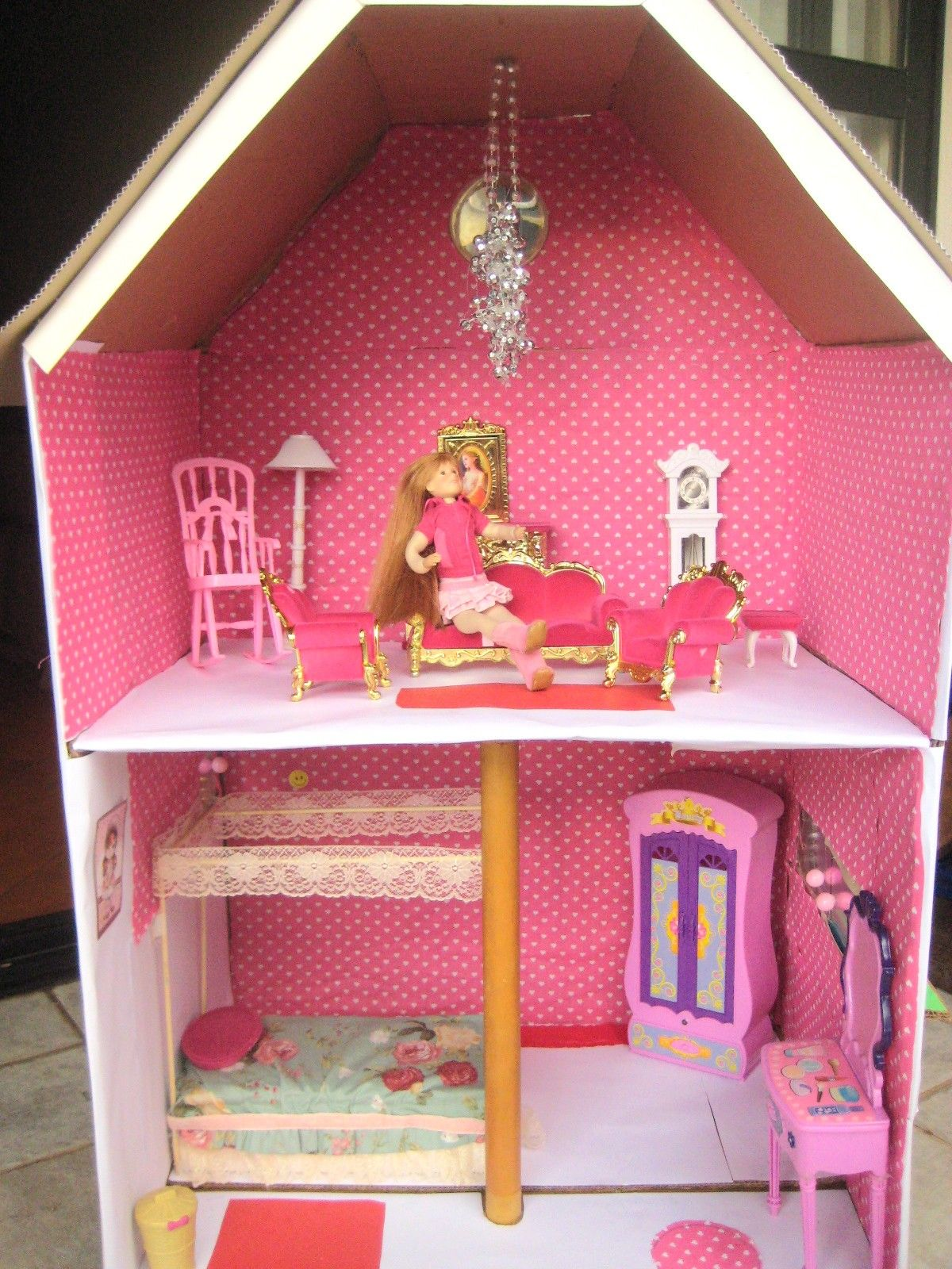 Shoe Box Dollhouse Craft For Kids: Home-made Doll House
