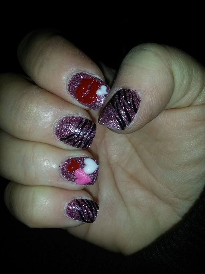 SNS pink glitter with 3D lips and hearts. | My nails painted by ...