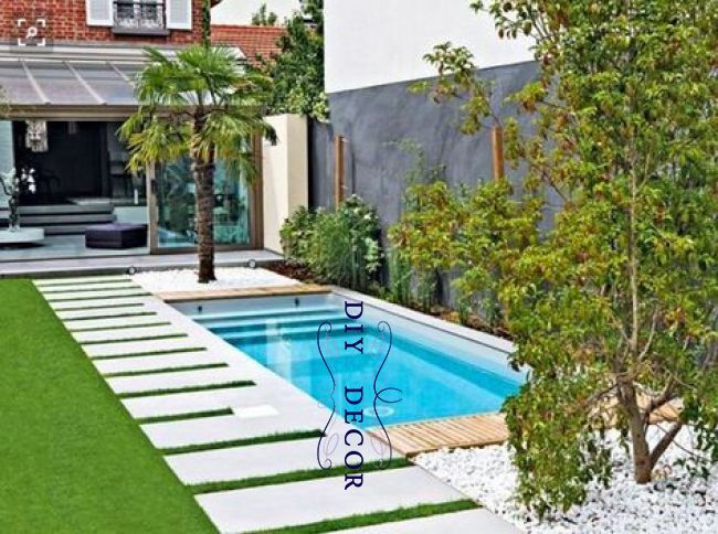 Pin By Maram El Hadi On Backyard Pinterest Backyard Small Backyard Pools And Pool Landscaping Small Backyard Pools Small Pool Design Backyard Pool Designs