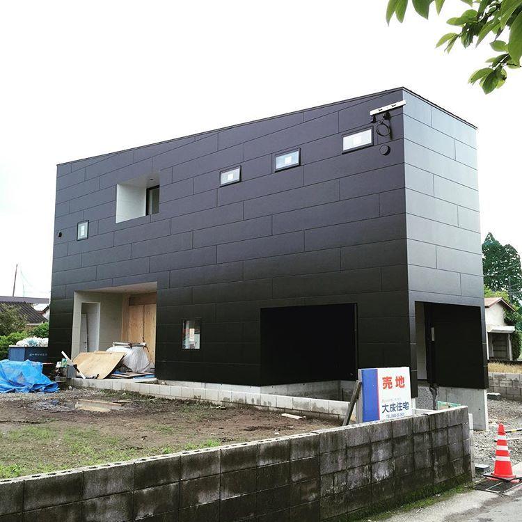 外部足場が解体されました House Akrk 住宅 住宅デザイン 住宅