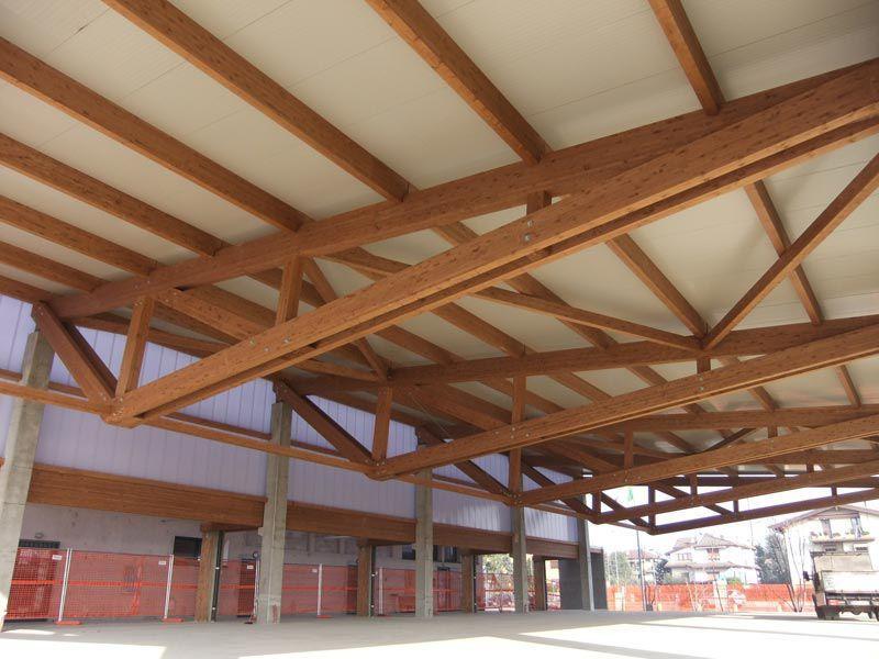 Edificio prefabricado / con estructura de madera / para sala ...