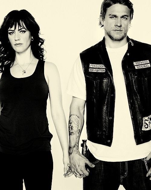 Charlie Hunnam & Maggie Siff...I'm pissed they killed her. She made me feel like I had every right to my child. I love her. I loved her and jax relationship. Just like ms and my hobby sometimes