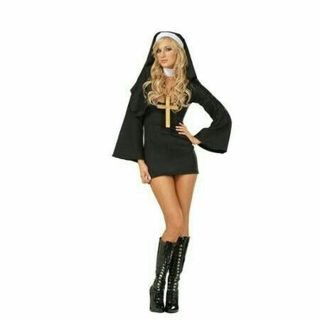 💋BAHAHAHA!! Still want to have a little fun with the whole Nun joke - halloween costume ideas for female