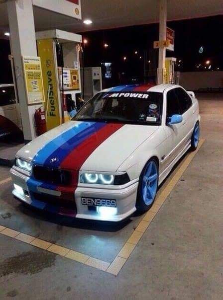 BMW E36 M3 White M Stripe BEAM NASTIES Pinte
