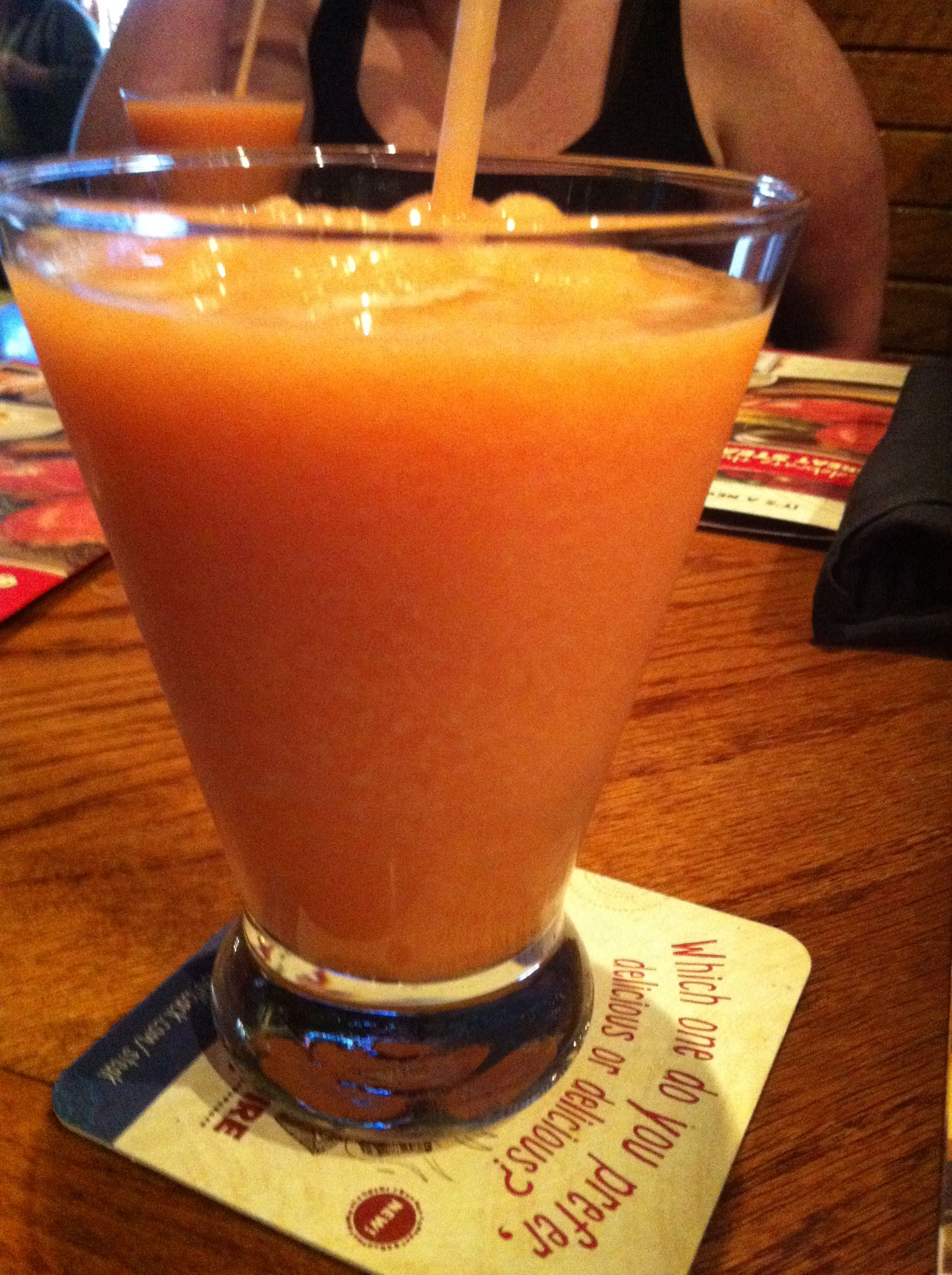 Wallaby Darned From Outback 1 Cup Frozen Sliced Peaches 2 Ounces Champagne 1 Ounce Peach Schnapps 1 O Frozen Drinks Wallaby Darned Recipe Peach Schnapps