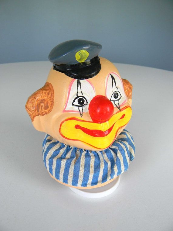 Vintage Musical Clown Figurine UOCG WORKS by MustyMusts on