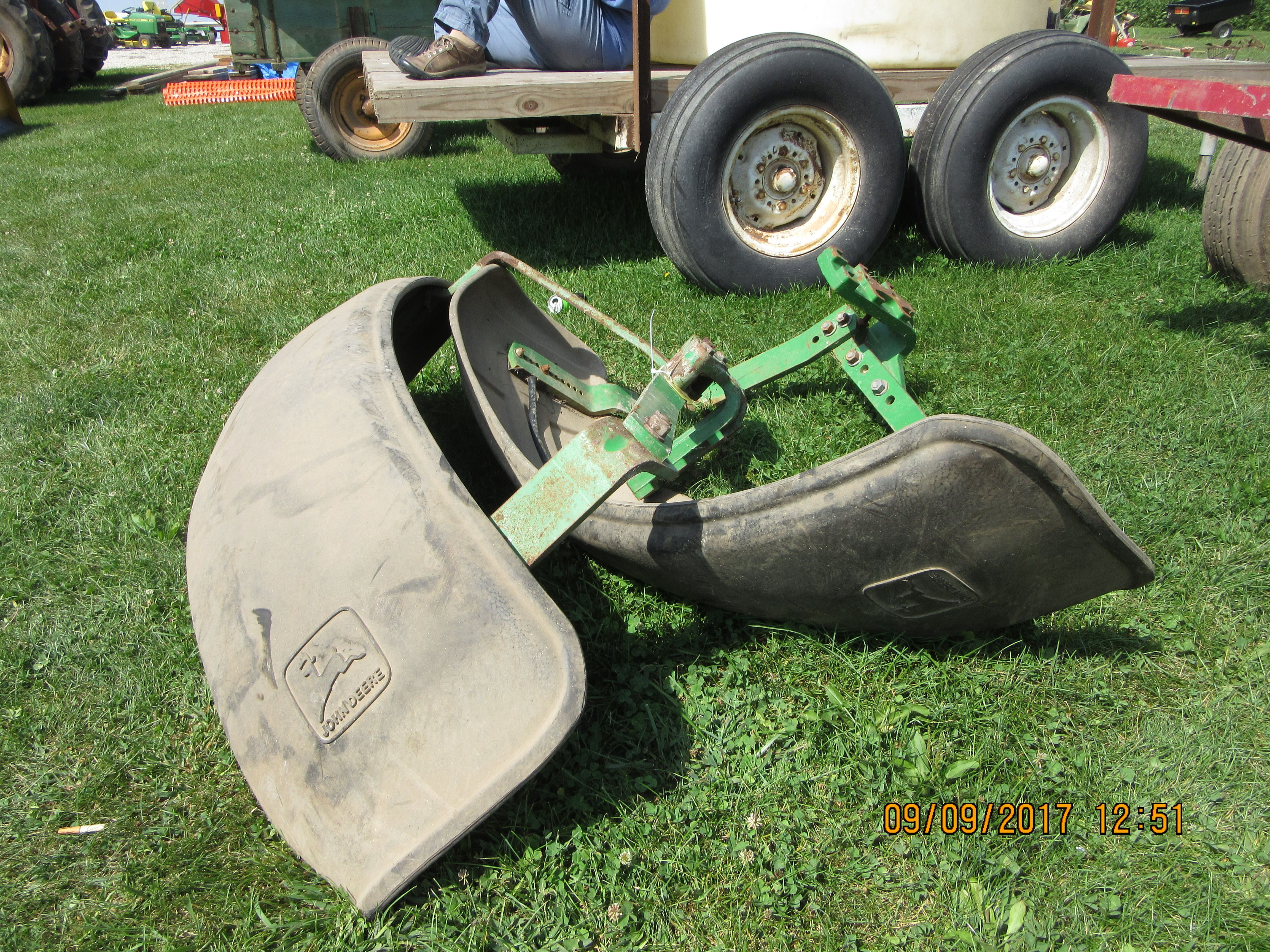 Farm Tractor Front Fenders : John deere front fenders jd farm equip my pictures