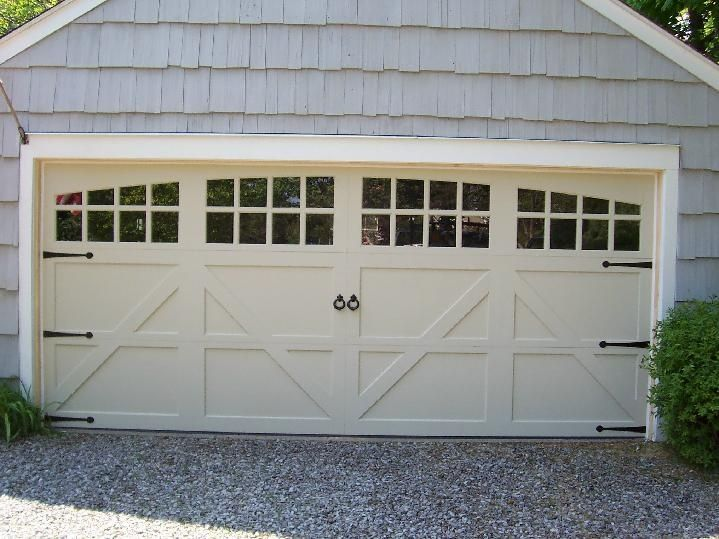 Double Garage Door That Looks Like Two Doors Garage Door Option Off White Rounded Windows With Grills Garage Door Design Carriage Garage Doors Garage Doors