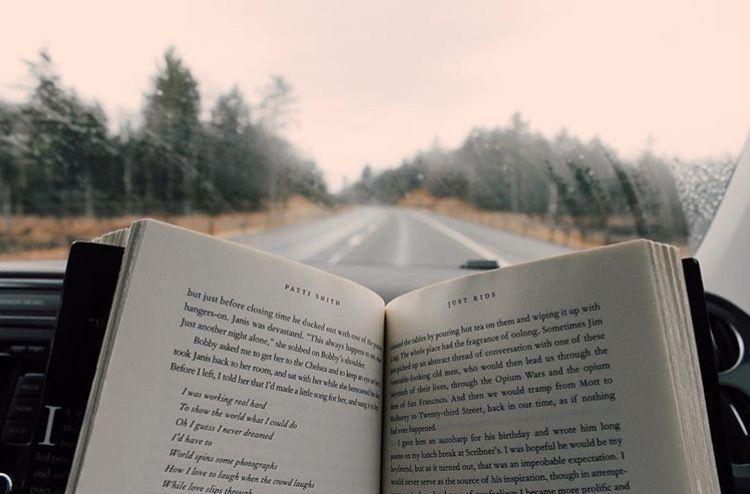 Resultado de imagen para pinterest book closing