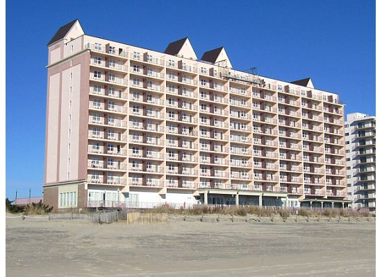 Photos Holiday Inn Hotel And Suites Ocean City Maryland The Pink I Miss You Travel Pinterest Hotels