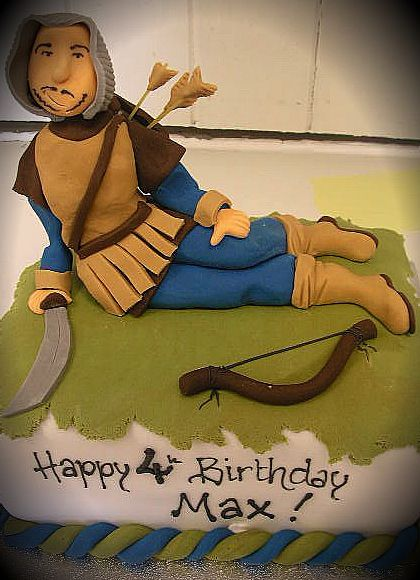 archer/robin hood cake from richardcakes.co.uk