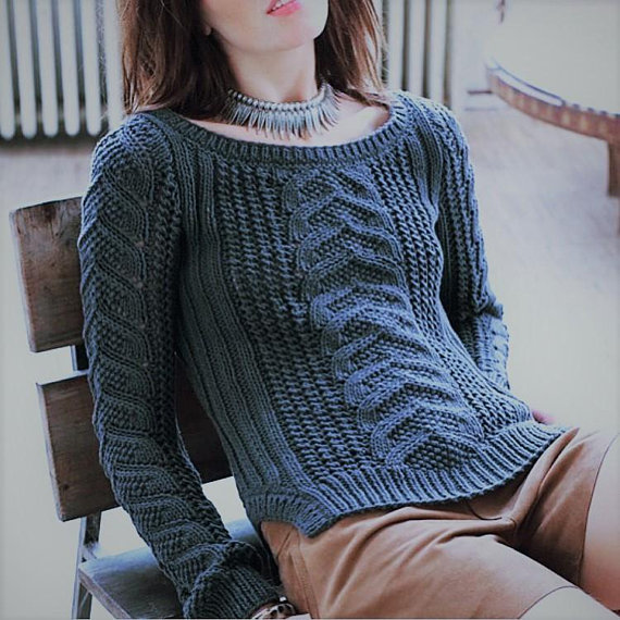 7afcb92f6 Women knitted sweater