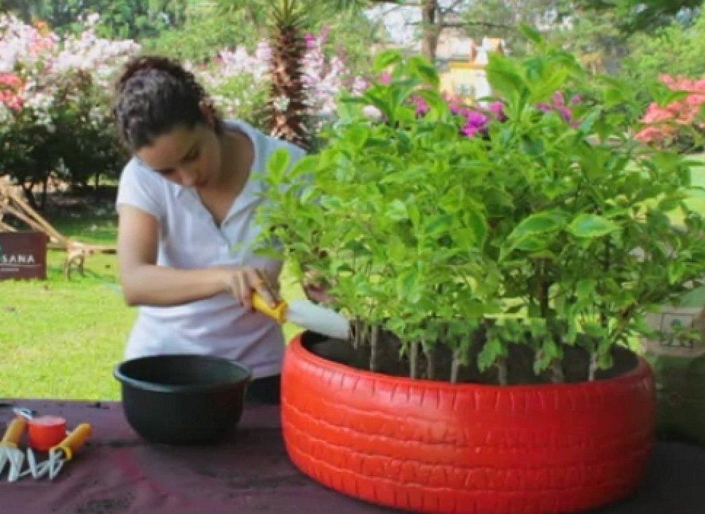40 ideas de reciclaje y manualidades para el jard n for Ideas de jardines