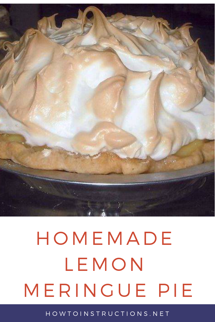 HOMEMADE LEMON MERINGUE PIE! #lemonmeringuepie