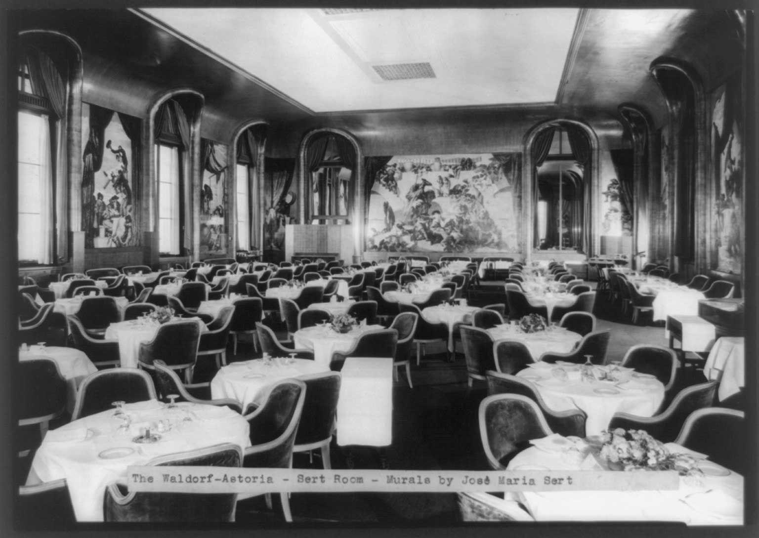 The Waldorf Astoria S Prestigious 85 Year Run Captured In Historic Photos Waldorf Astoria Nyc Hotels Historical Photos