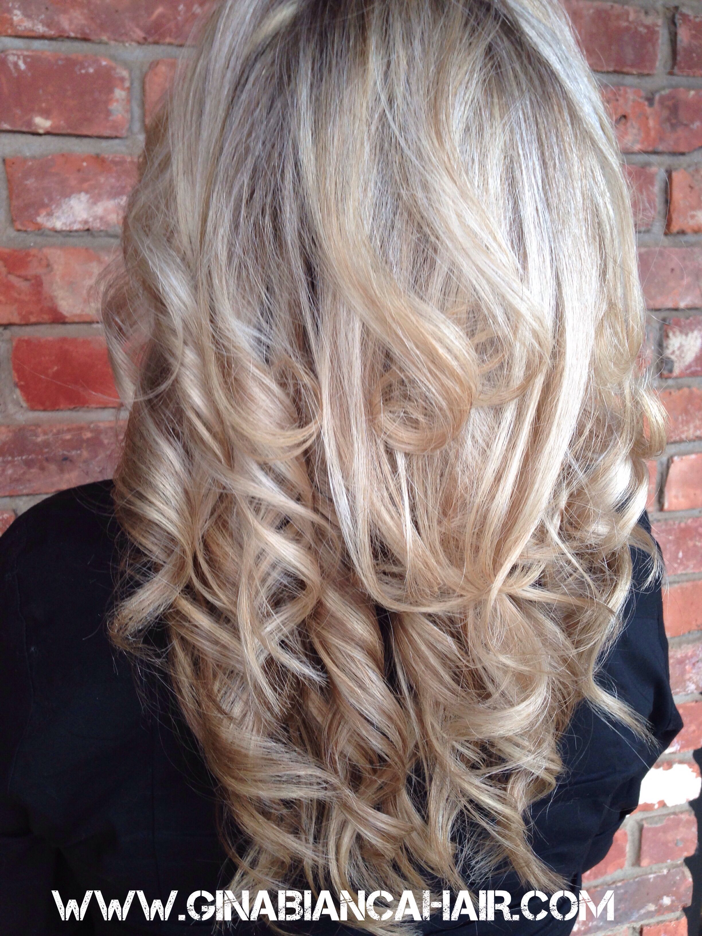 Beautiful Platinum Blonde Highlights Love Her Pretty Voluminous