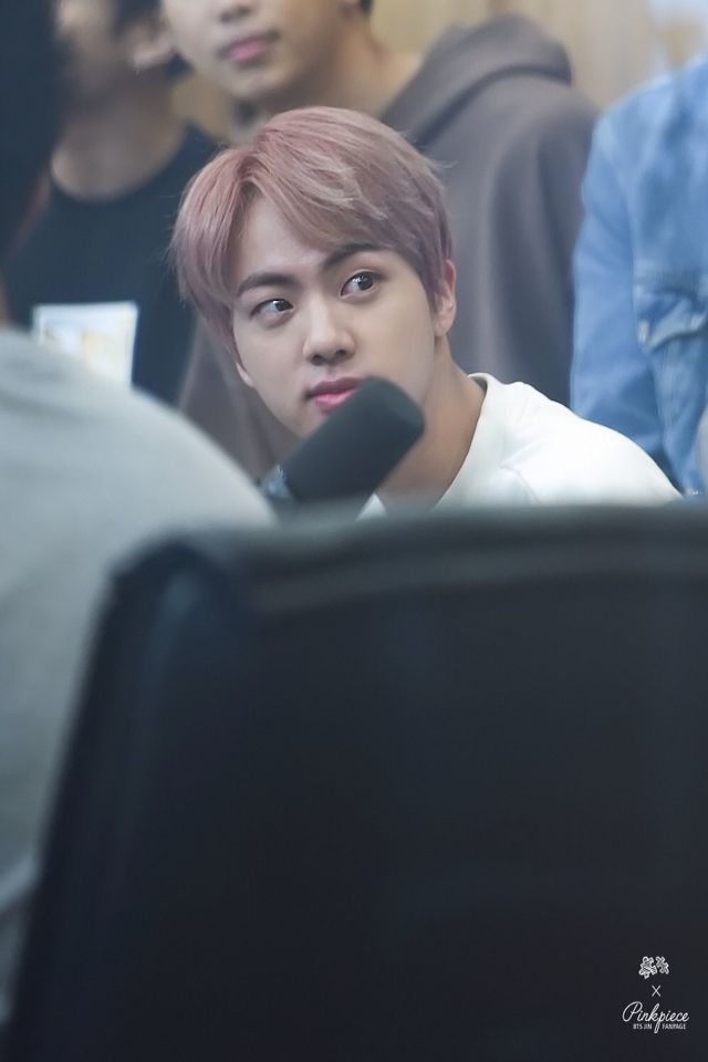 @DazzlingJin_INA: [HQ] 161013 Cultwo Show  #BTS #JIN #방탄소년단 #진  ©Pinkpiece https://t.co/IWTDEX4Ux7