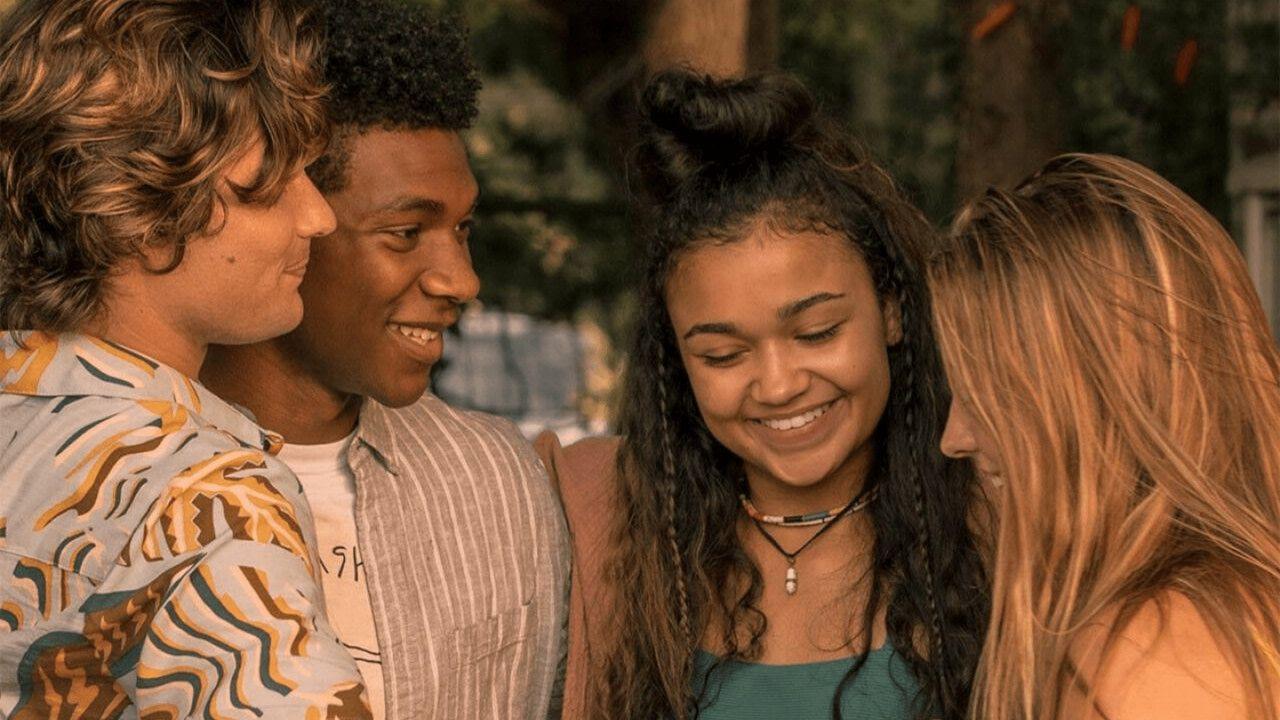 Outer Banks Season 2 Time Jump And New Cast Outer Banks Seasons Season 2