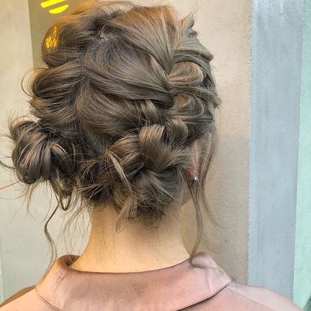 Lovely hairstyle perfect for summer