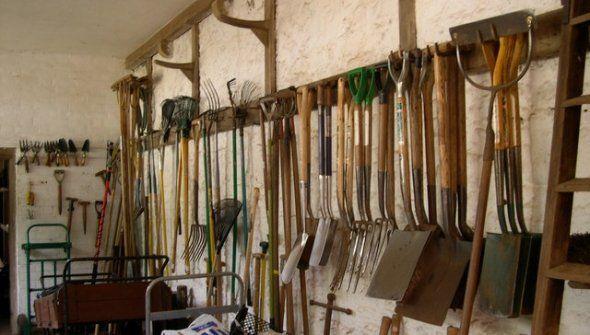 Hanging Shovel Storage, Yard Tools.