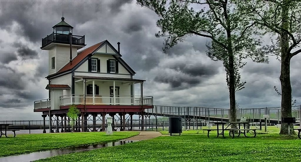 This original Roanoke River lighthouse was built in 1886, and decommissioned in 1941.  It was moved to Edenton, North Carolina, as a private residence in 1955, then eventually sold to the City of Edenton.  Exterior restoration was completed in 2012.  Interior restoration project is under way with expected completion in 2014.  See history at edentonlighthouse.org/history.php                                              Five exposure HDR