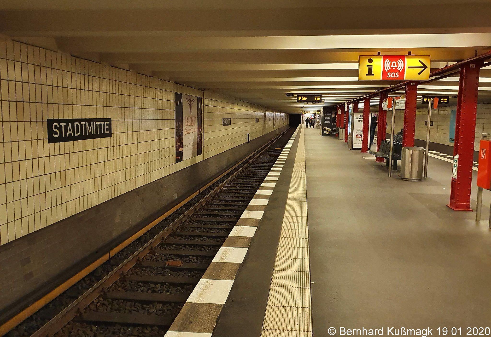 Europa Deutschland Berlin Mitte U Bahnhof Stadtmitte U Bahn Linie U2 In 2020 Model Railroad Berlin Underground