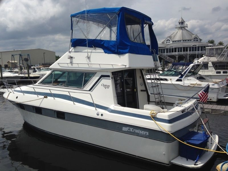 Cruisers yachts 1986 for sale for 9500 liveaboard
