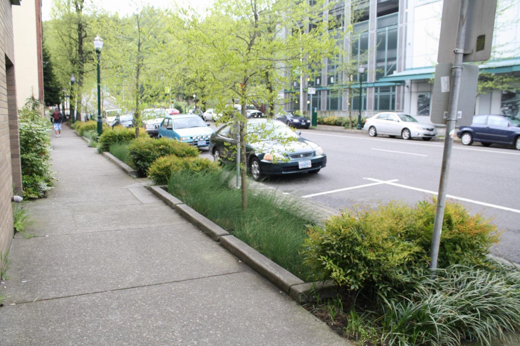 Greening Of Southwest Bike Path >> Green Streets Of Portland Oregon Sustainable Designs Green