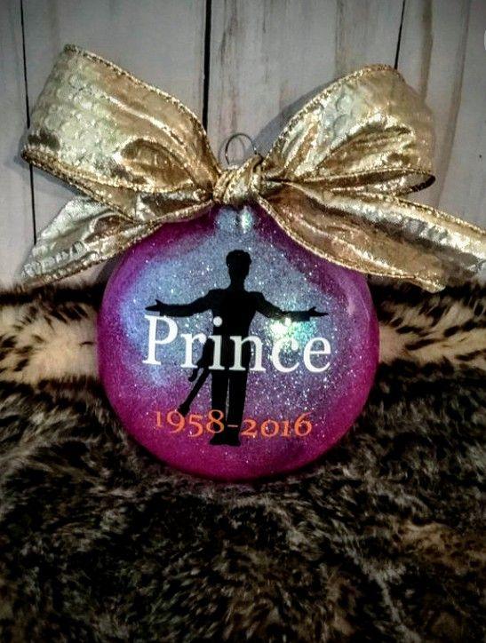 Prince Christmas Decorations.Pin By Linda Walker Wells On Prince Christmas Bulbs