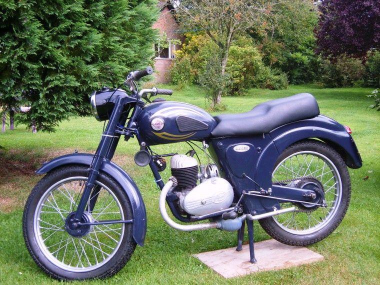 1956 James Cadet 150cc Single Cylinder 2-Stroke Villiers 30C