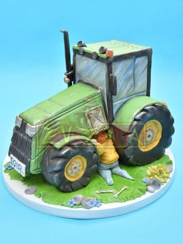 Nasa Mala Zavrzlama Poslasticarnica Galerija Decijih Torti Traktor Torte Traktor Kuchen Bagger Torte