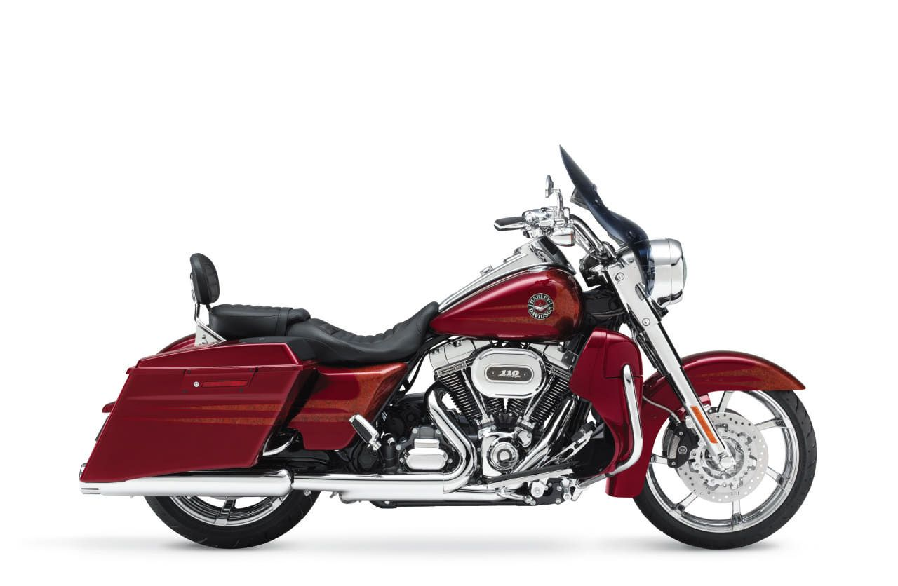 2013 Harley Davidson Road King | The 2013 Harley-Davidson CVO Road King  includes ABS and cruise control .