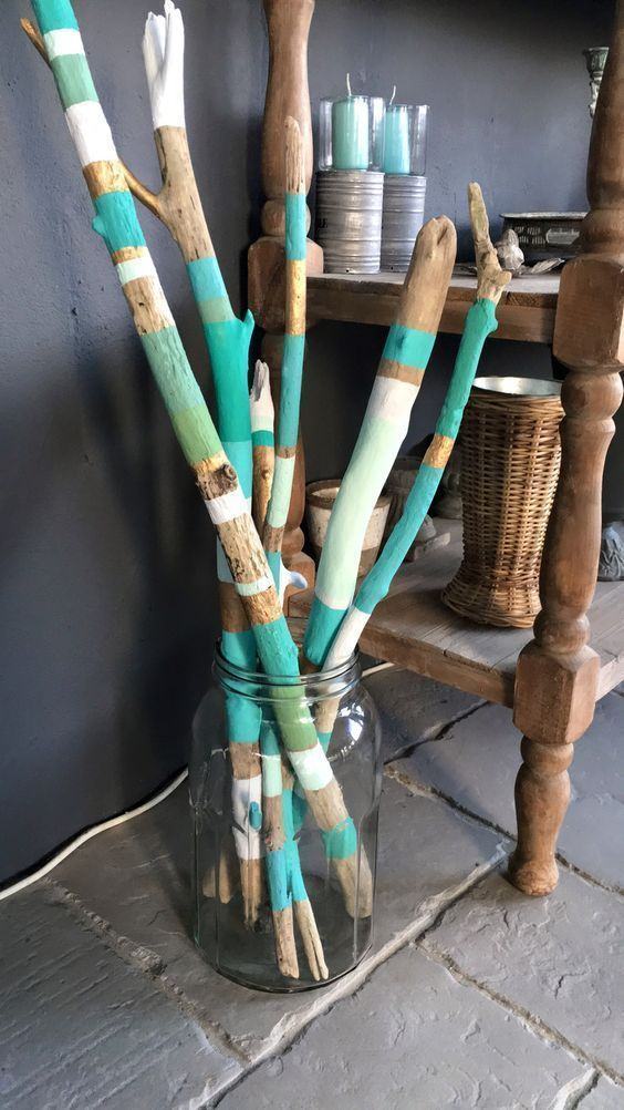 Photo of Gemaltes Treibholz in einer Treibholzvase # # # # # #  #einer #gemaltes #treibho…