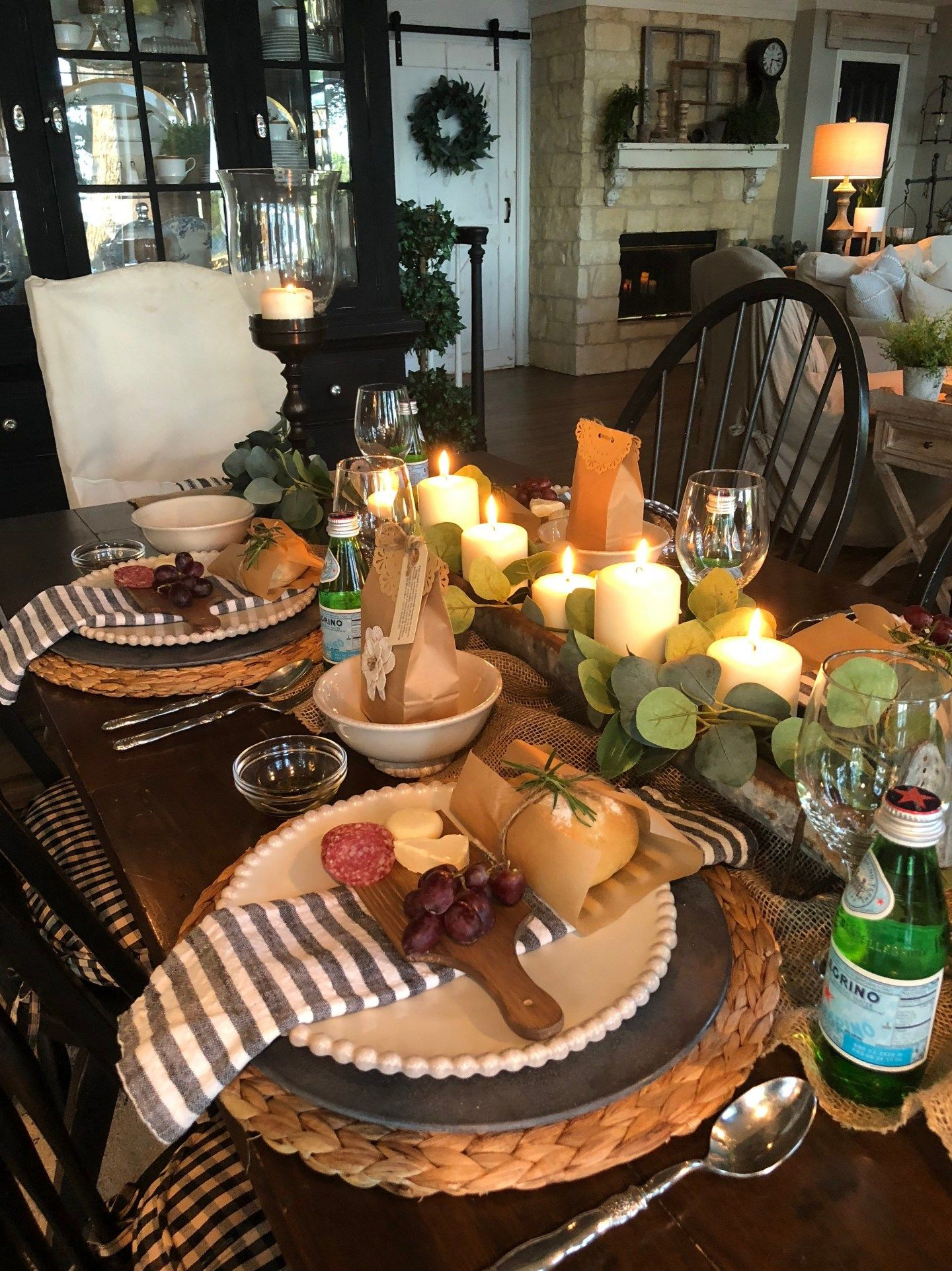 Creating A Beautiful & Simple Dinner Party - Hip & Humble Style easy dinner party ideas, italian dinner party, pretty dinner party ideas, #tablescape, #dinnerparty, #hipandhumblestyle