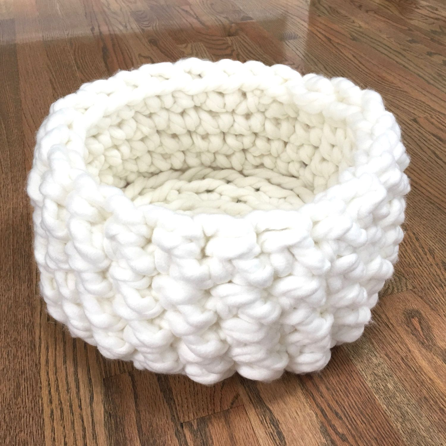 Cat Bed - Chunky Knit Cat Bed, Crochet cat bed or small dog bed ...